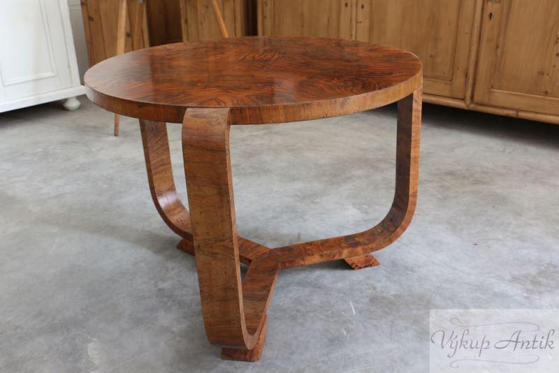 starožitný-nábytek-2