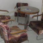 chromový nábytek, stůl, křesla