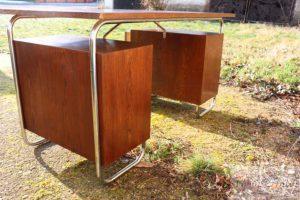 Starožitný nábytek (40)